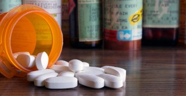 opioid addiction signs